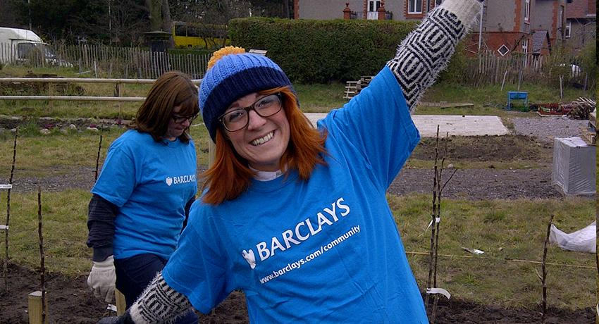 Another member from the Barclays CSR team at the Fruit Routes EKG orchard